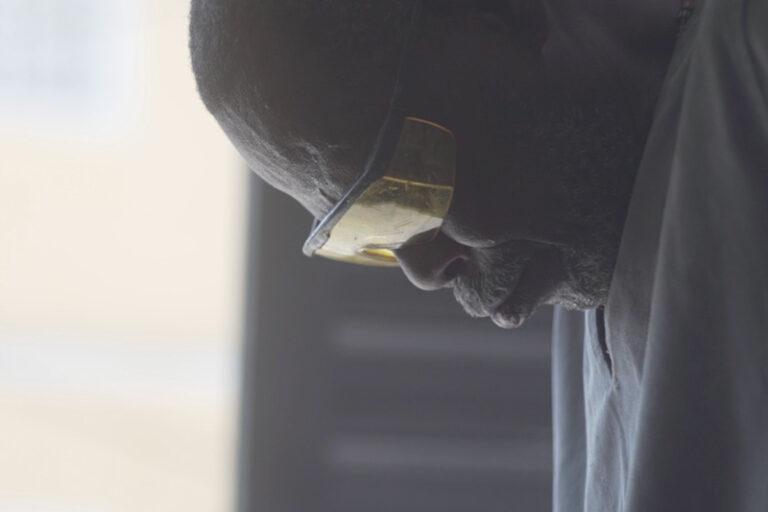 Still do documentário Alágbedé. Fotografado por Rafael Ramos, 2021.